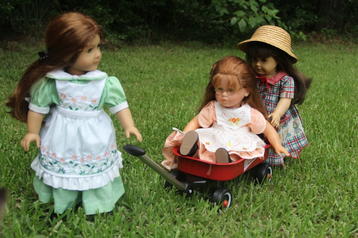 Doll adventures with stitching with Elli- Felicity and Samantha play with the wagon