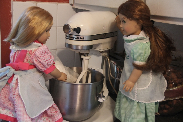 "Felicity and Nellie bake a cake on the ""Stitching with Ellie"" blog"