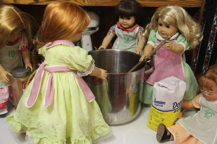 "The doll's applesauce making adventure. 18"" american girl doll adventures by stitching with Elli"
