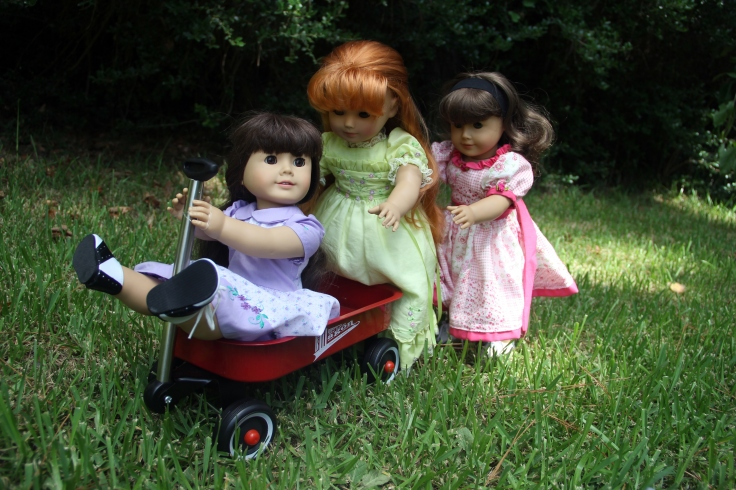 "Fun in the wagon! - a 18"" doll adventure by stitching with Elli"
