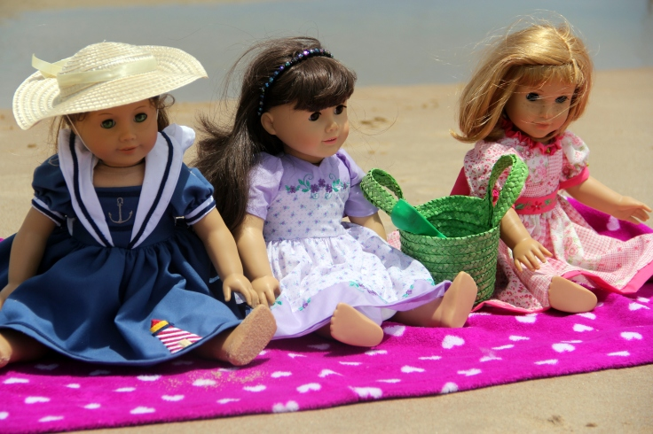 "The Dolls go to the beach!- 18"" doll adventures by stitching with Elli"