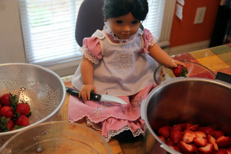 "Josefina makes strawberry jam- a 18"" doll adventure by stitching with Elli"