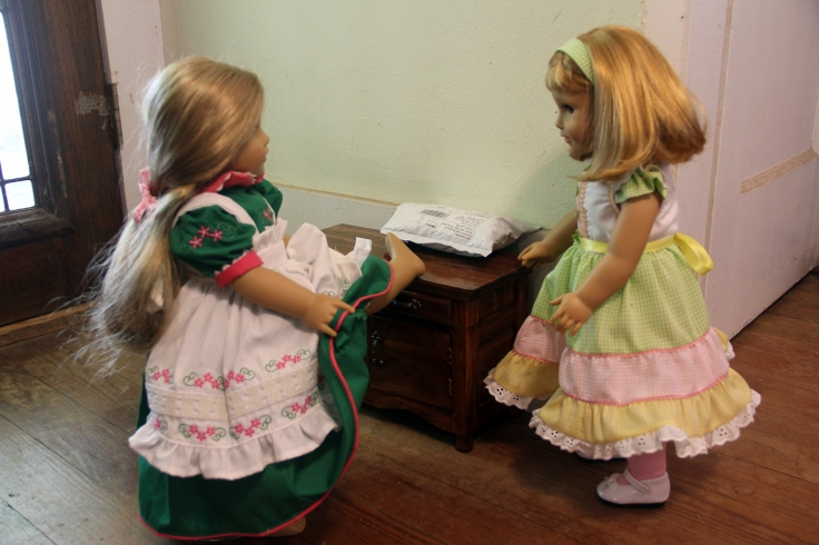 """Elizabeth is hoping for shoes in her package!- a 18"""" doll adventure by stitching with Elli"""