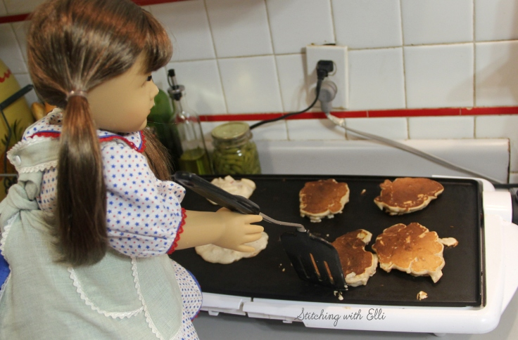 "Baking pancakes for breakfast- a 18"" doll adventure by Stitching with Elli"
