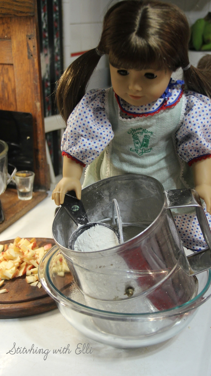 """Making pancakes for breakfast!- a 18"""" doll adventure by Stitching with Elli"""