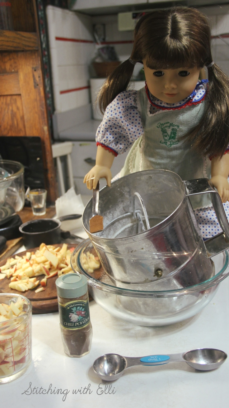 """Making pancakes!- a 18"""" doll adventure by Stitching with Elli"""