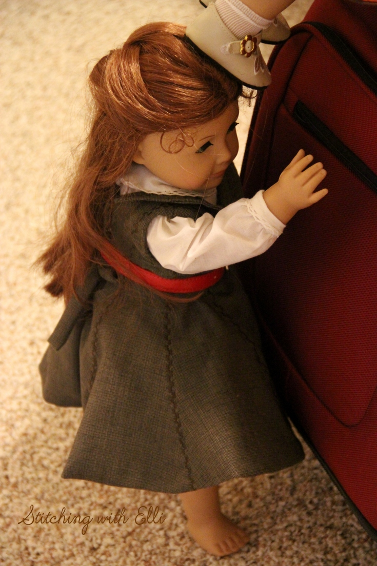"""A friend always lends a head to a friend in need- a 18"""" doll adventure with Stitching with Elli"""