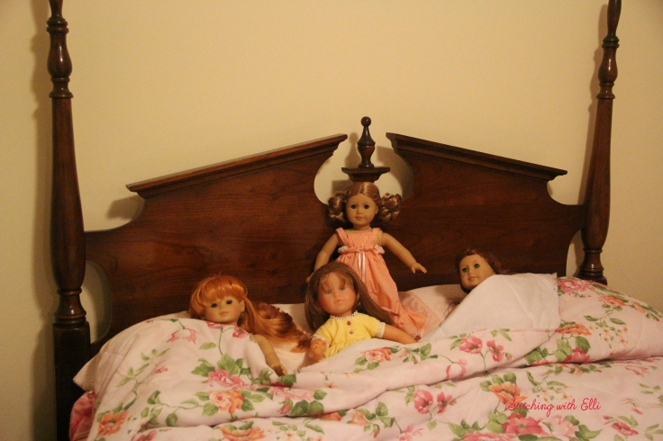 """All ready for bed!- a 18"""" doll adventure by stitching with Elli"""