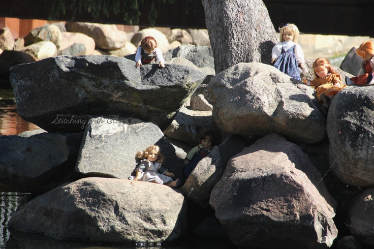 "The dolls are enjoying Fenton MI's city parks- a 18"" doll photostory by Stitching with Elli"