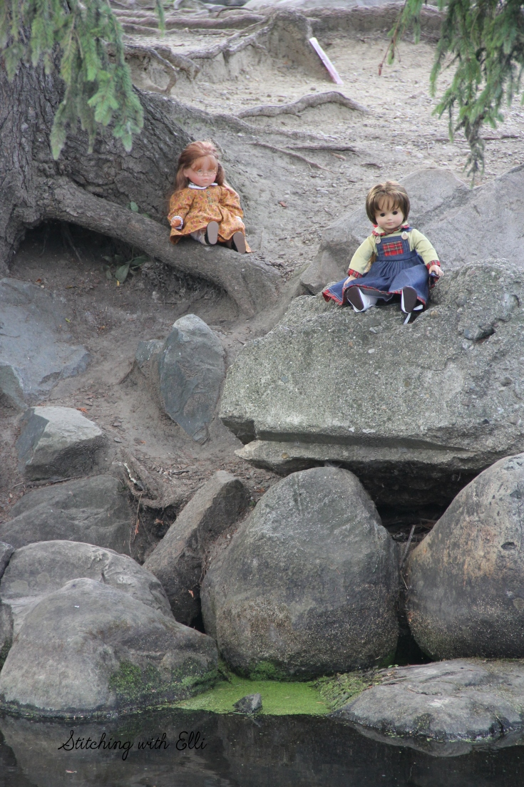 """The dolls are enjoying Fenton MI's city parks- a 18"""" doll photostory by Stitching with Elli"""