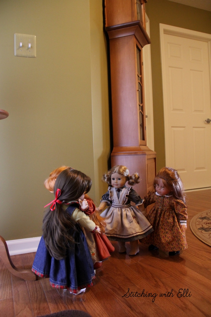 """The new dolls have arrived!!- what do you think they will be like? -a 18"""" doll adventure by stitching with Elli"""