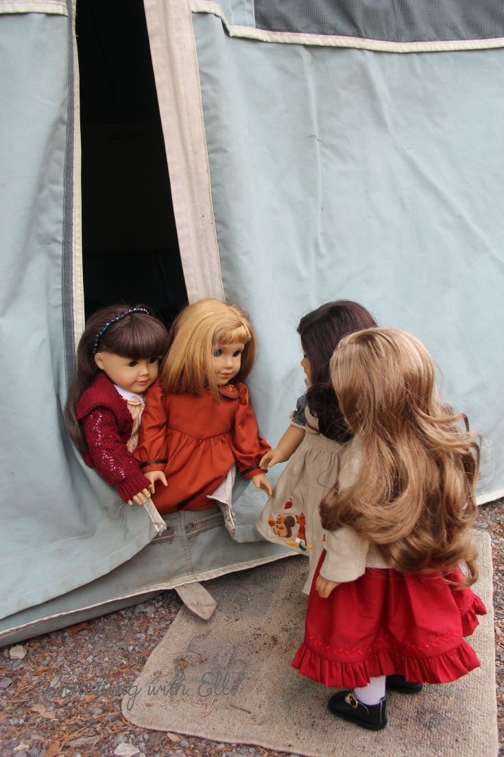 "The dolls go camping in a vintage camper- a 18"" doll story with American Girl dolls by Stitching with Elli"