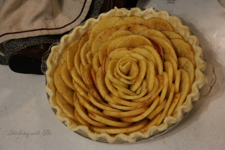 Apple rose pie- see more on my blog stitchingwithelli.com