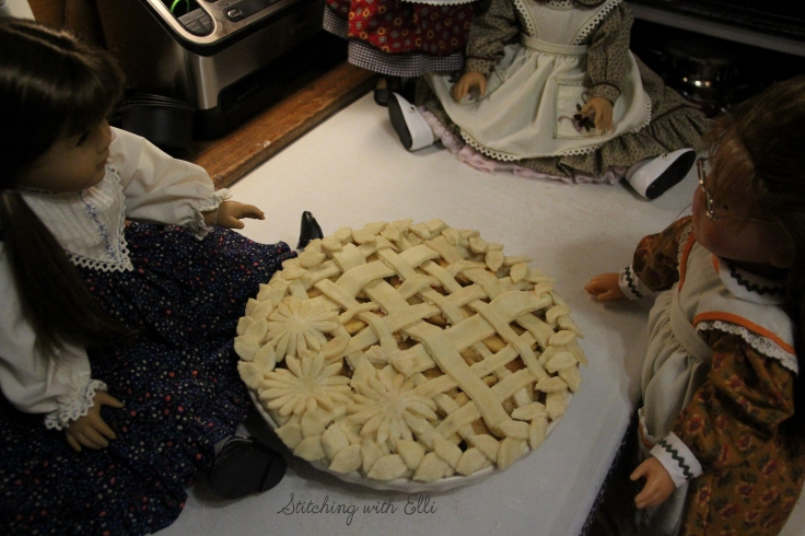 The great Thanksgiving pie bake! The girls are working on Apple pies- A Thanksgiving story with American girl dolls by Stitching with Elli