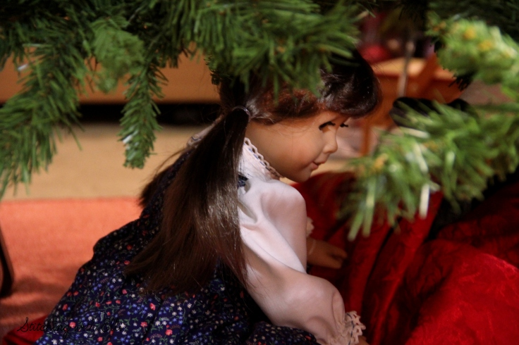 Bridget helps put up the tree- and American Girl photostory by Stitching with Elli
