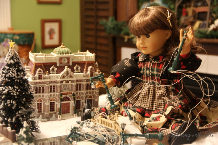 Setting up a Christmas village! Susan finds all these cords and strings frusterating- by Stitching with Elli
