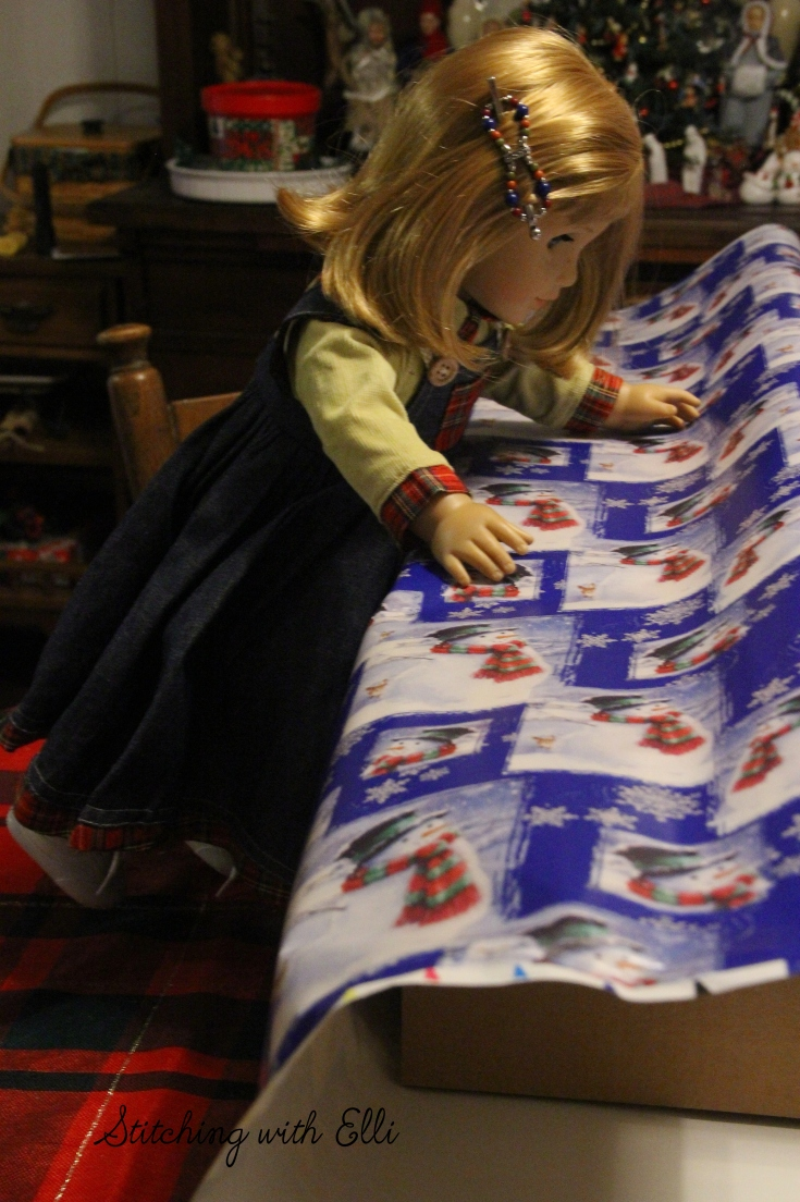 Wrapping presents for Christmas!- An american girl Christmas story by Stitching with Elli