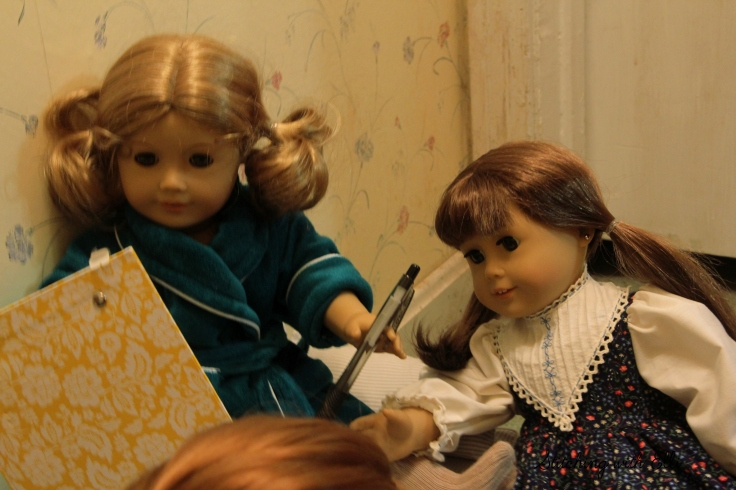 The Dolls are planning a Party- By Stitching with Elli