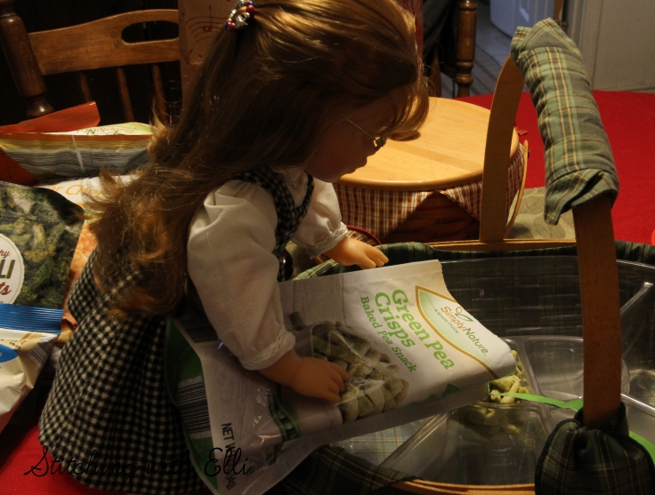 Ellen is trying to give the dolls healthy options for New year's eve- by Stitching with Elli