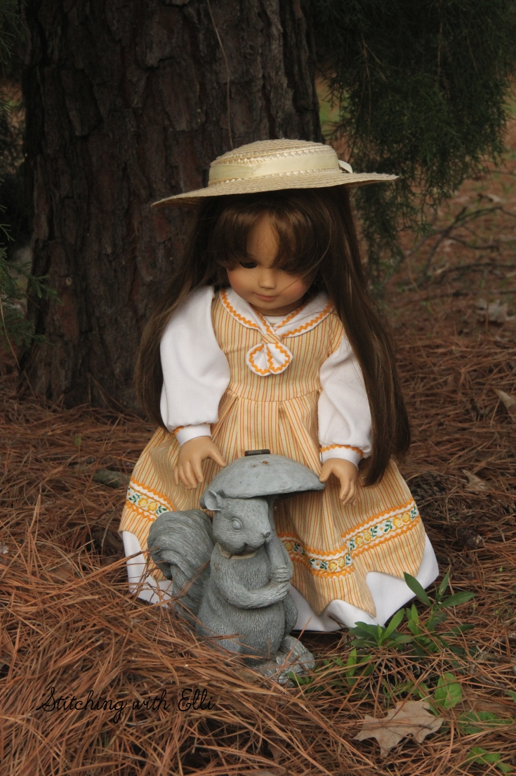 """The dolls are ready to work in the garden!- a 18"""" doll story by stitching with Elli"""